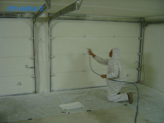 Termoizoliaciniai dažai Korundas, sienoms, luboms, langų angokraščiams